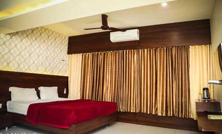 Mumbai High-class rooms